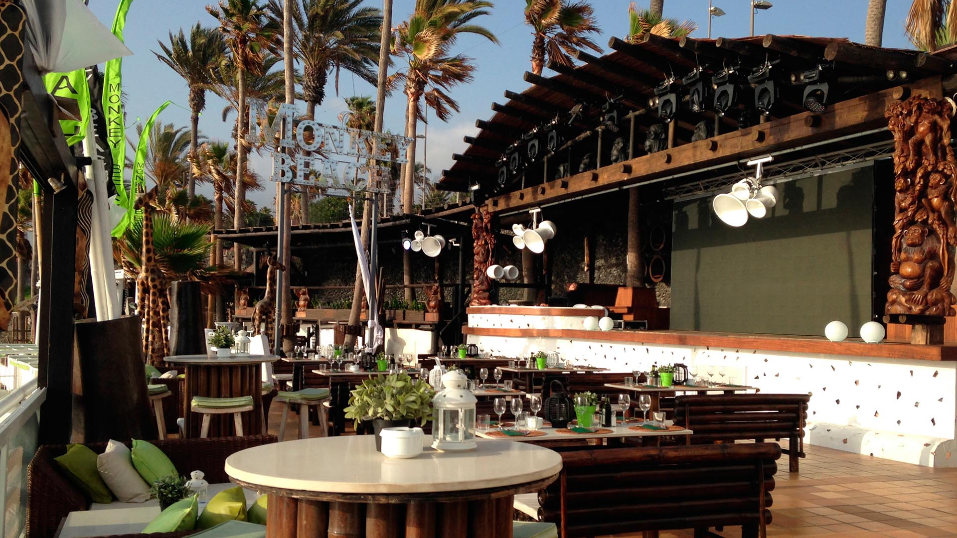 restaurante-vistas-tenerife-sur-Monkey-Beach-Club